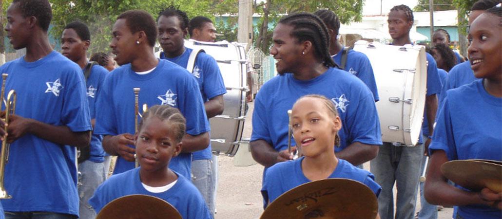 Jamaica CRS huracán Dean banda de desfile