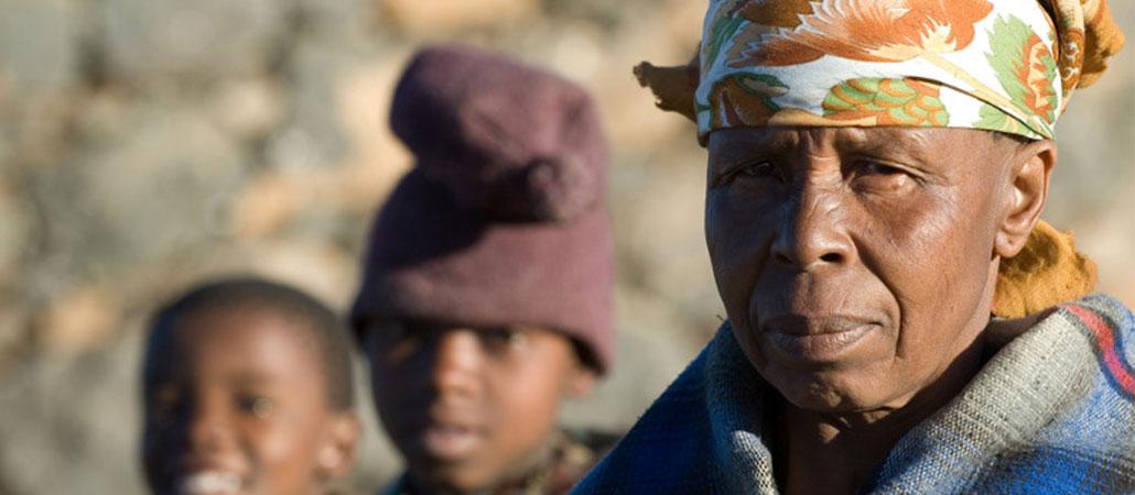 CRS Lesoto huérfanos niños vulnerables Bobete