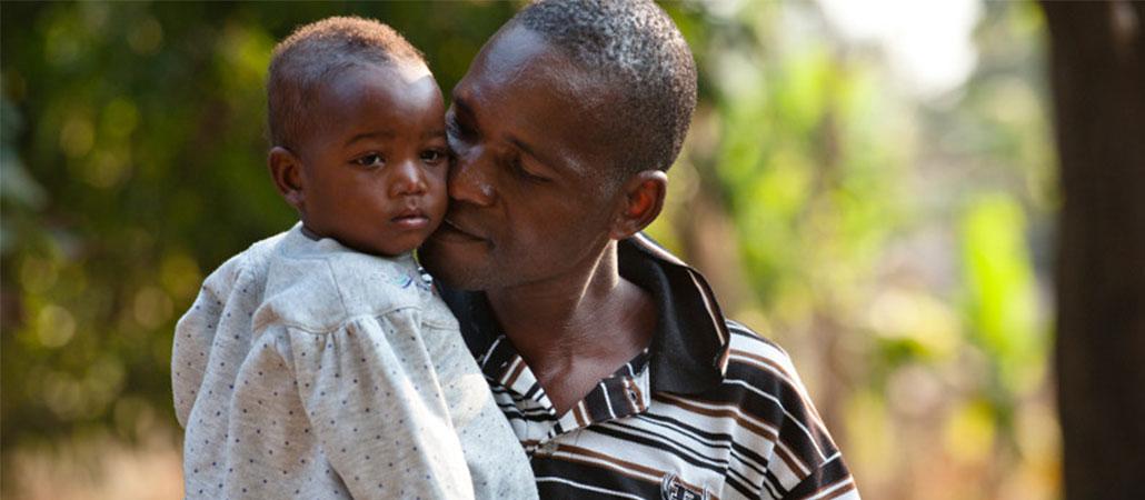 CRS Malawi sida desnutrición juvenil alimentos niños
