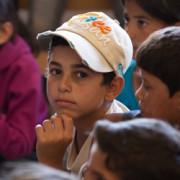 CRS ofrece apoyo psicológico y social de vital importancia a niños sirios refugiados en el valle de la Bekaa en el Líbano. Foto de Rashad Sisemore para CRS
