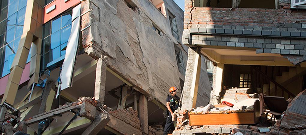 20150512_Nepal-earthqke2-1020x450