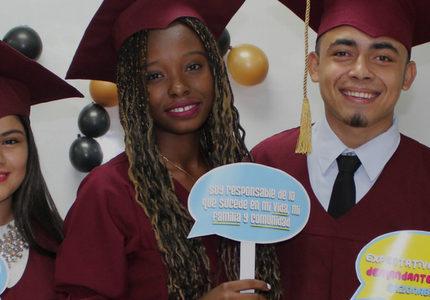 jovenes-constructores-graduados
